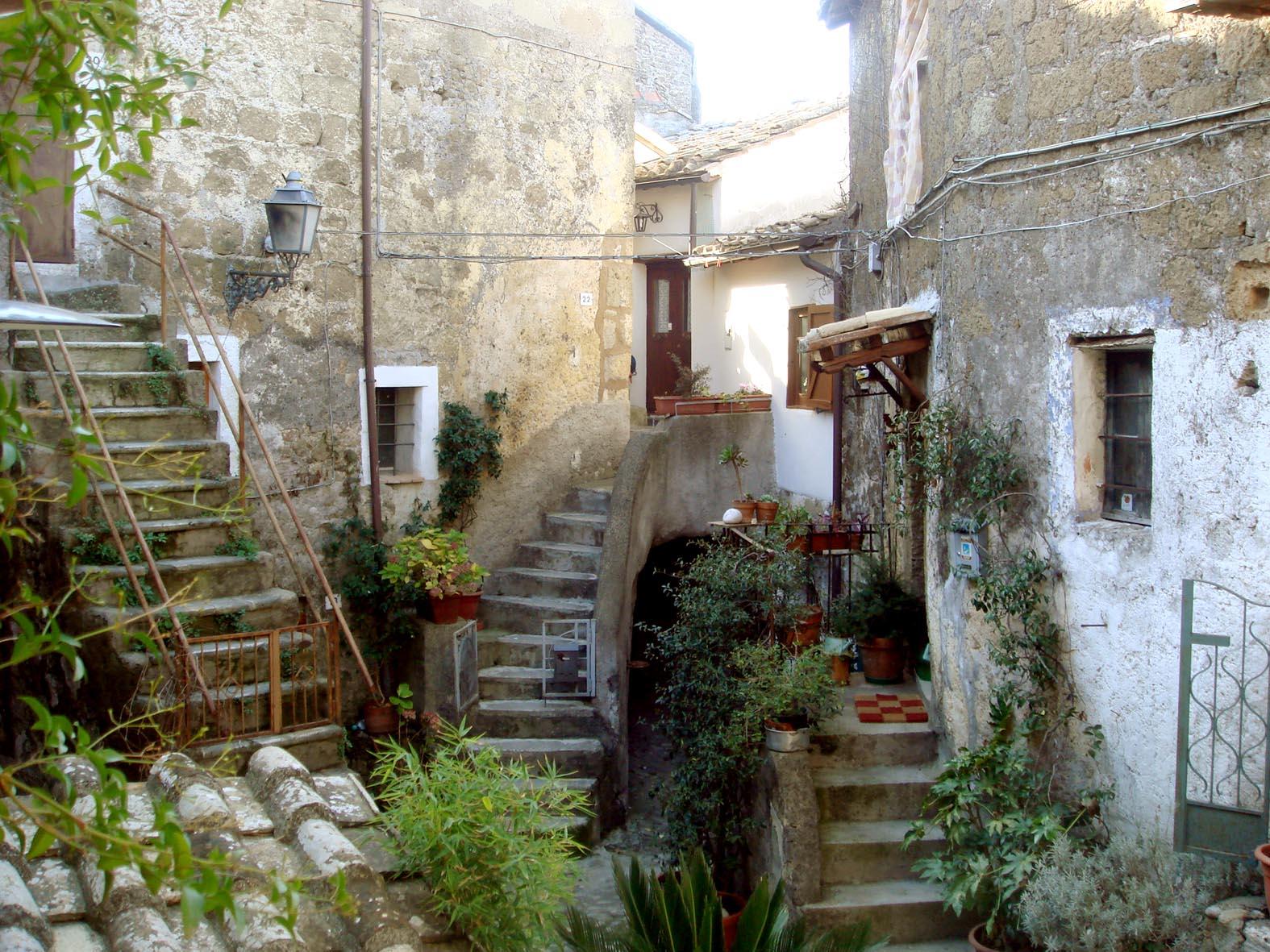 Heilige Vorhaut Calcata Stadtbesichtigungen De